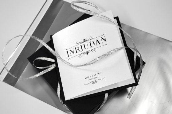 inbjudningskort-bröllop-silvrigt