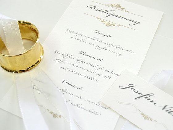 Bröllopsmeny-med-namnkort