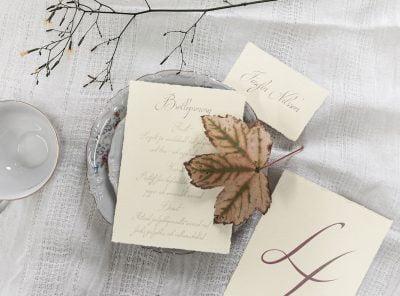 Bröllopsmeny-på-handgjort-papper