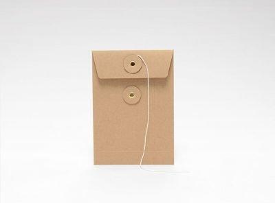Litet-eko-kuvert-med-snöre