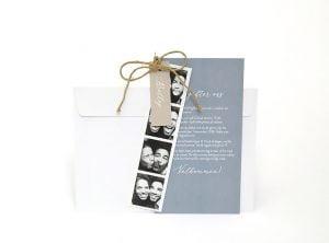Bröllopsinbjudan-happy-med-foto-vitt-kuvert
