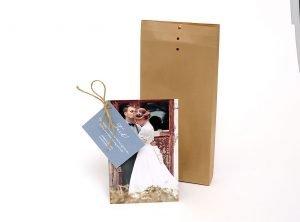 Tackkort-happy-med-foto-och-brunt-kuvert