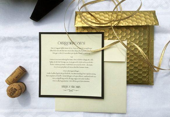 Inbjudningskort guld exklusivt
