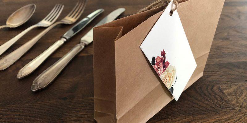 Placeringskort Askersund på avklippt brun kuvertpåse